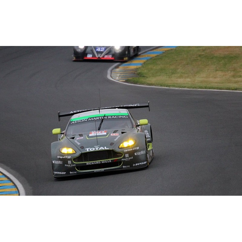 2016 Aston Martin Vanquish Camshaft: Le Mans 2016 Nº98